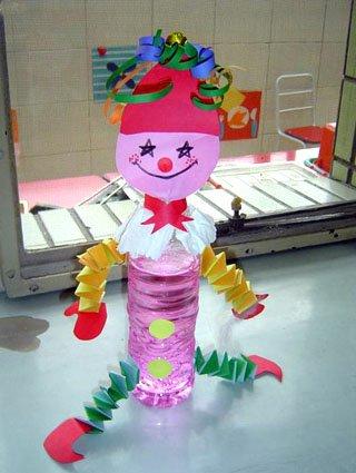 幼儿教师手工制作: 塑料小丑